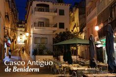 El casco antiguo de #Benidorm es turísticamente conocido. Te recomendamos tomarte algo en sus encantadoras terrazas, dar un paseo nocturno, ir de tapas o bailar en los bares que encontrarás muy cerca de nuestro hotel. #HotelCentromar #HotelBenidorm #Hotel #Benidorm #CascoAntiguo #Turismo #PaseoNocturno #Benilovers #Calles #ILoveBenidorm