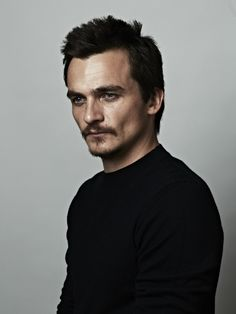 Happy Monday! Here is an outtake from my shoot with Rupert Friend for #HungerMag . One of the most sweetest guys I have ever met! Stylist: #LesterGarcia Grooming: #Keiko Props: #ChrisStone