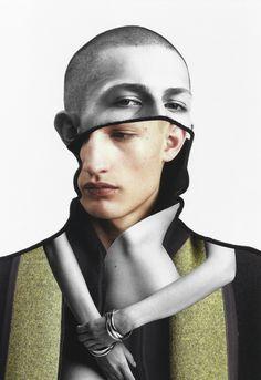 El talento no está reñido con la edad, una buena prueba de ello es Pablo Thecuadro. Un joven artista y fotógrafo de Madrid que con tan solo 24 años ha conseguido aportar al mundo del diseño y el co…