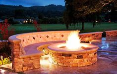 Exterior very popular round fire pit with paver stone for Serrurier 75011