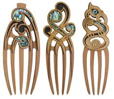 Heru - Wooden Ornamental Hair Comb - Aeon Giftware
