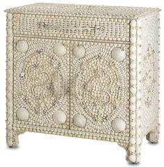 White chest of drawers Marchmont  is decorated by cockleshell. Made in USA by Currey & Company Белая тумба Marchmont, декорированная морскими ракушками. Сделана американским производителем Currey & Company #designinterior #interior #decor #mebelmr