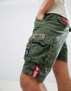 Buy Alpha Industries Patch Cargo Shorts in Green at ASOS. Get the latest trends with ASOS now. Tactical Pants, Mens Boots Fashion, Short Shirts, Tee Shirt Designs, Outdoor Outfit, Military Fashion, Fashion Online, Cargo Short, Snipers