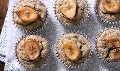 Deze chia-banaan muffins zijn een lekker extraatje zo midden op de dag, of wat dacht je van een lekker ontbijt.