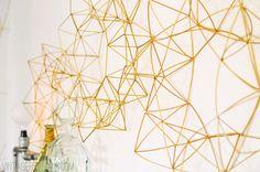 DIY Himmeli Wreath (vintagerevivals) | DIY 2: http://www.thelovelycupboard.com/2013/12/diy-make-himmeli-wreath.html