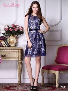 TRINA TURK Bissitti Navy Lace Overlay Cocktail Dress Size: 2