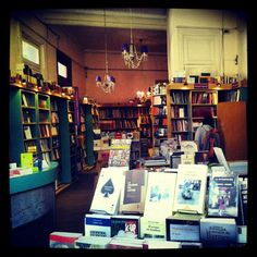 Prometeo Libros - Sucursal Palermo - Honduras y Gurruchaga