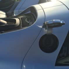 #porsche918 #ev #chargingport  #gearhead #supercarsunday #carsandcoffee #losangeles #california #porsche #rennsport #classiccar #supercar