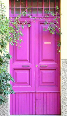 Love the idea of painting my daughters bedroom door her fav color