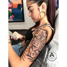 10 Most Beautiful Tattoos For Women - Top 500 Best Tattoo Ideas And Designs For Men and Women Tattoos For Women Half Sleeve, Forearm Sleeve Tattoos, Shoulder Tattoos For Women, Best Sleeve Tattoos, Tiger Tattoo Sleeve, Tattoo Arm, Sleeve Tattoo Women, Lion Shoulder Tattoo, Realistic Tattoo Sleeve