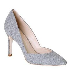 cute grey pumps  http://rstyle.me/~2vRvG