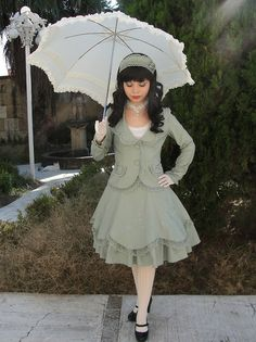 """Almost Business-like Classic Lolita? I think some of the """"Lolita"""" suit jackets are just so pretty and much more feminine than anything available in modern clothing. Kawaii Fashion, Lolita Fashion, Cute Fashion, Fashion Outfits, Harajuku, Kei Visual, Cosplay, Gothic Lolita, Lolita Style"""