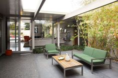 Eichler believed in bringing the outdoors, in.