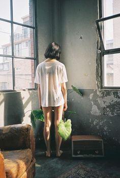 [아이폰 배경화면] 여자 뒷모습 ver. : 네이버 블로그