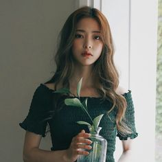 Bora Lim, Korean Ulzzang, Anime Princess, Beautiful Dresses, Short Sleeve Dresses, Model, Aurora, Clothes, Solar