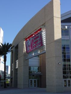 Toyota Center in downtown Houston is home to the Houston NBA Rockets and clad with Arriscraft Renaissance Stone