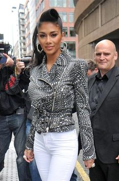 Nicole Scherzinger Opens Up About Bulimia Battle: 'It's Embarrassing' | Story | Wonderwall. THIS is why we have to stand up to bullys who call women fat, like the news anchor in Wisconsin, Jennifer Livingston. It is sad they have to go through these devastating illnesses for what some stupid men (and women) consider beautiful. Look at poor Karen Carpenter, and countless other women who have died for the need to be thin.