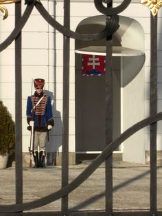 Guardian of president palace, Bratislava, Slovakia . Book Visit SLOVAKIA now… Bratislava Slovakia, Heart Of Europe, Church Building, Next Holiday, European Countries, Central Europe, Eastern Europe, Capital City, Czech Republic