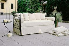 Stabiles Eisensofa / Daybed in verschiedenen Größen und Farben, Outdoor Sofa, Outdoor Furniture, Outdoor Decor, Daybeds, Couch, Home Decor, Custom Cars, Colors, Bed Couch