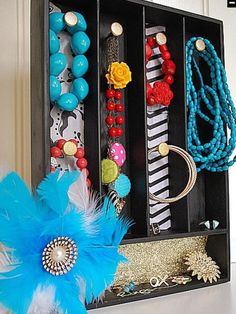 Use a wooden flatware tray to store bulky jewelry  http://www.hgtv.com/specialty-rooms/repurposing-household-items-for-closet-organization/pictures/index.html