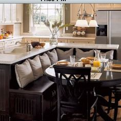 Extraordinary Remodel kitchen island design,Small kitchen cabinets lowes and Zillow kitchen remodel. Home Interior, Kitchen Interior, New Kitchen, Interior Design, Kitchen Nook, Kitchen Dining, Awesome Kitchen, Kitchen Hacks, Kitchen Banquette