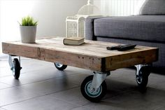 Wooden Pallet Coffee Table on Wheels