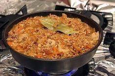 Вкуснотища необыкновенная!Ингредиенты : Гречневая крупа - 150 гр .Фарш мясной - 250-300 гр .Лук репчатый - 1 шт.Томатная паста - 2 ст.л.Чеснок - 2 зубчика .Морковь - 1 шт ( небольшая ) .Масло раст…