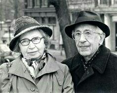 Miep and Jan Gies, the Dutch couple who hid Anne Frank, her sister, parents and 4 others in a secret attic behind a bookcase. Anne Frank, Margot Frank, Jewish History, World History, Brave, Real Hero, Interesting History, Photos Du, World War Two