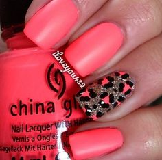 Want to think out of the box a little bit? Change one nail to a different pattern or print!