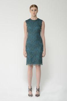 Shop this chantilly lace sleeveless sheath dress and more at moniquelhuillier.com #MoniqueLhuillier