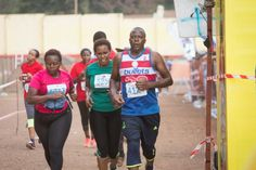 Gallery Kilimanjaro, News Media, Marathon, Gallery, Sports, Tops, Fashion, Means Of Communication, Moda