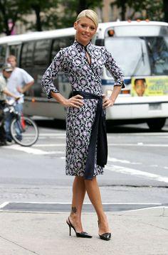 Kelly Ripa Style Evolution: From Hairspray-Loving Soap Star To Sleek Co-Host (PHOTOS)