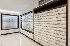 Off the Wall Pharmacy by Mantzios Evangelos, Piraeus Keratsini – Greece » Retail Design Blog