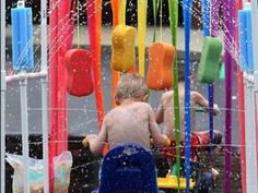 fresh-ideas-for-outdoor-play. kid car wash and cool water play on a hot summer day :) Summer Activities, Outdoor Activities, Water Activities, Family Activities, Kid Car Wash, Diy For Kids, Crafts For Kids, Kids Fun, Summer Crafts