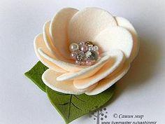 Мастер-класс: цветок из фетра | Ярмарка Мастеров - ручная работа, handmade | easy to make felt flower