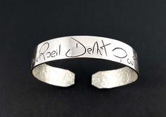 Bracelet « Œil pour œil dent pour dent » en argent massif fabriqué à la main en France. Heart Ring, Wedding Rings, France, Engagement Rings, Jewelry, Hand Made, Hands, Jewerly, Enagement Rings