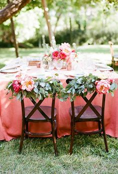 Save this for 20 backyard wedding ideas to inspire you to ditch your big venue for an intimate ceremony.