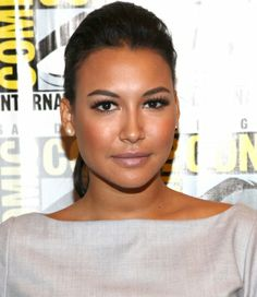 Naya Rivera rocks a ponytail with a poof
