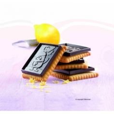 csokis keksz csináló cucc!!! :)