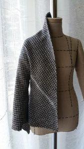 Прикрепленное изображение Sweaters, Jackets, Fashion, Down Jackets, Moda, Fashion Styles, Sweater, Fashion Illustrations, Sweatshirts