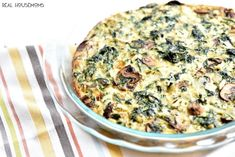 My Spinach Mushroom Feta Crustless Quiche Recipe is a healthy egg breakfast that's full of flavor. It's the definition of guilt-free breakfast indulgence! Mushroom And Spinach Quiche, Spinach Stuffed Mushrooms, Spinach And Feta, Frozen Spinach, Healthy Egg Breakfast, Breakfast Time, Breakfast Recipes, Breakfast Ideas, Second Breakfast