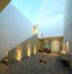 La Isla House / Llosa Cortegana Architects,Courtesy of Llosa Cortegana Arquitectos