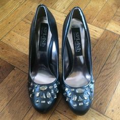 Black crystal front heels Black heels with crystal designed front. They are size 6 with a mini heel. About 3 inches. They are in great condition. Shoes Heels