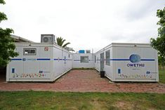 Medical Center made from discarded containers. Containers manufactured by Topshell Containers, South Africa. Storage Container Homes, Healthcare Design, Medical Center, Built In Storage, Shtf, Hospitals, Surgery, South Africa, Clinic