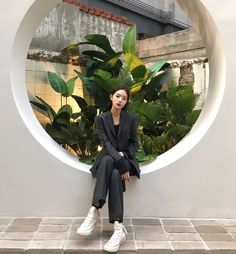 Image discovered by ~E. Find images and videos about girl, pretty and beauty on We Heart It - the app to get lost in what you love. Ulzzang Korean Girl, Cute Korean Girl, Asian Girl, Asian Boys, Selfies, Solo Photo, Nyc Girl, Asian Fashion, Girl Pictures