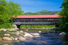 Covered Bridge White Mountains LOVE it what memories Love Bridge, Famous Bridges, Country Barns, Over The River, White Mountains, Suspension Bridge, Cool Countries, Covered Bridges, Where To Go
