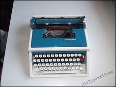 Manual typewriter N Brillant Special T aka: by OldTypewriters