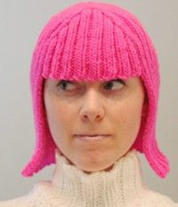 Who needs to buy a wig when you can knit this hat using this awesome free knitting pattern. Loom Knitting, Free Knitting, Knitting Sweaters, Knitting Patterns, Crochet Patterns, Knit Crochet, Crochet Hats, Wig Hat, Halloween Wigs