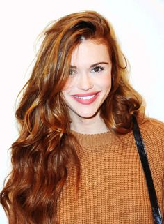 Holland Roden attends the screening of 'Ask Me Anything' on december 17, 2014.