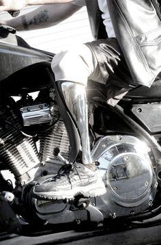 Bespoke Innovations Makes Beautiful, Custom Prosthetic Legs